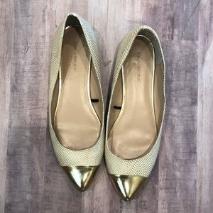 Banana Republic Gold and Cream Flats Size 9